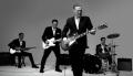 Bryan Adams w klipie Brand New Day