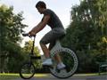 Lunartic - rower z kołami bez szprych